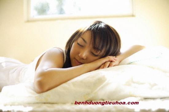 trieu-chung-cua-benh-dau-vung-thuong-vi-da-day(2)