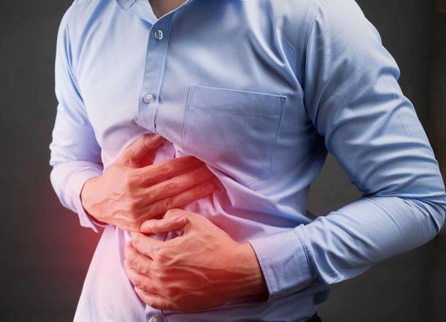 Đau thắt ruột khi đói hoặc khi ăn vào là bệnh gì