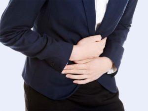 Triệu chứng đau bụng âm ỉ kéo dài là bị gì?