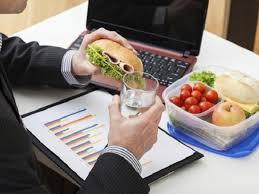 Ăn uống lành mạnh giúp phòng tránh bệnh đau dạ dày