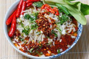 Kiêng ăn thực phẩm cay nóng khi đau dạ dày