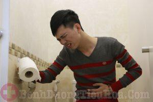 Triệu chứng viêm đại tràng co thắt