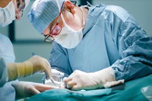 Điều trị bệnh trĩ nội bằng phẫu thuật