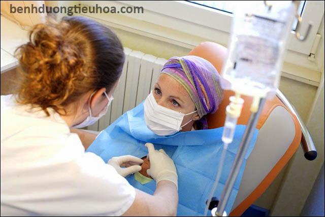 Điều trị ung thư thực quản bằng y học hiện đại