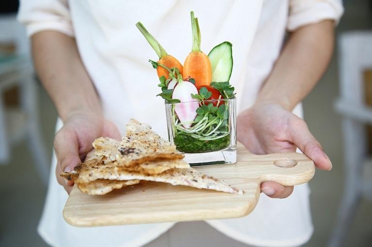 Cắt polyp trực tràng nên ăn gì?