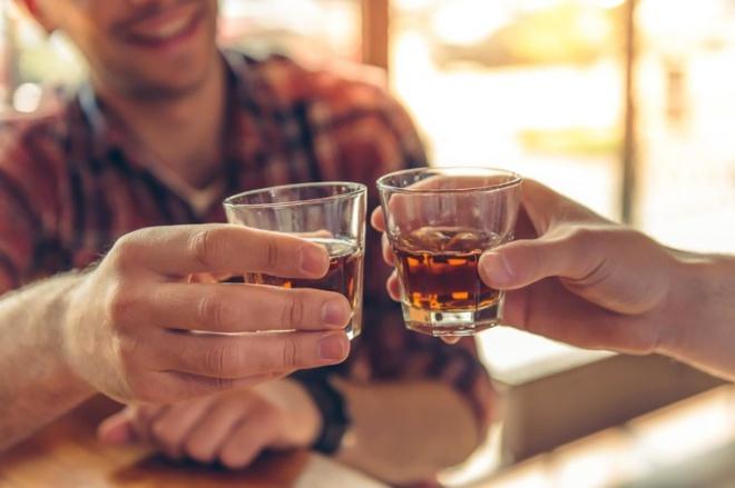 Rượu bia là một trong những nguyên nhân quan trọng nhất gây xuất huyết dạ dày.